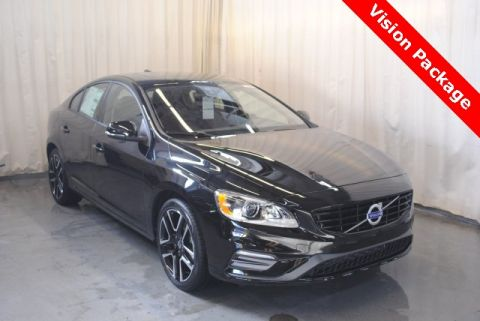 New 2018 Volvo S60 T5 Dynamic FWD 4D Sedan <br><font size=1 color=blue>10 miles</font>