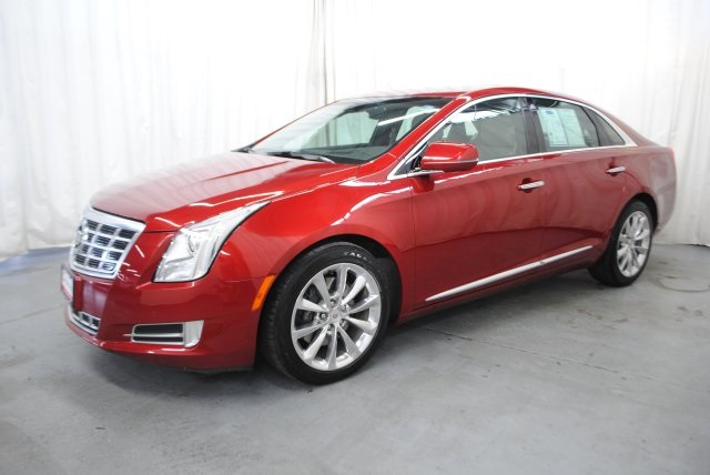 Pre Owned 2013 Cadillac Xts Premium 4d Sedan In Champaign 6578a