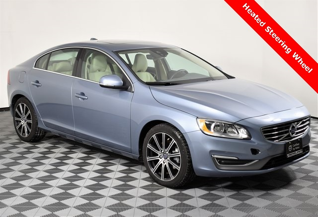 Certified Pre-Owned 2017 Volvo S60 Inscription T5